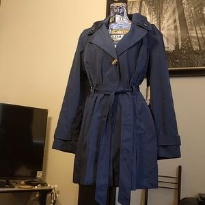 Liz Claiborne water resistant blue trench coat